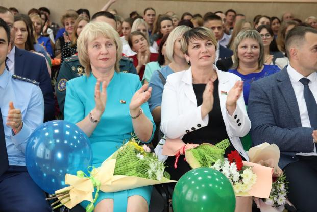 Депутат Жанна Чернявская приняла участие в августовском совещании педагогических работников, которое прошло в Хойниках